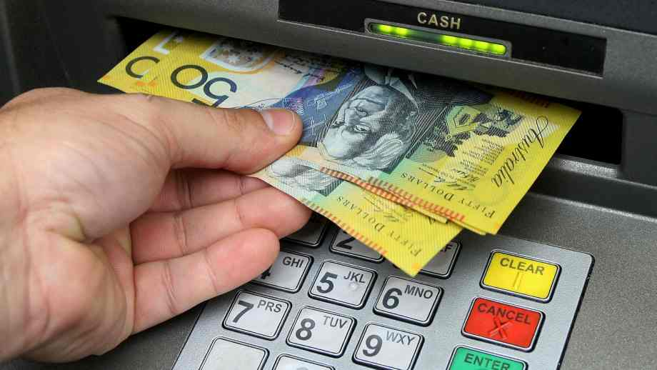 Coronavirus can Survive For 28 Days On Phone Screens & banknotes